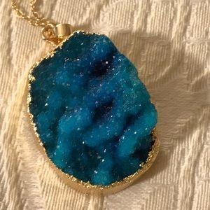 COPY - Natural Teal Geode Druzy Crystal Quartz Ge…